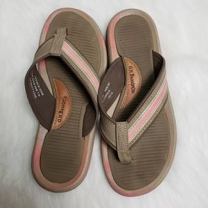 a870075a62891 G.H. Bass   Co. Shoes - Women G.H. Bass   Co. Flip Flops Size
